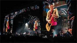 http://stonesnews.com/images/03-02-2016-onstage-7k.jpg