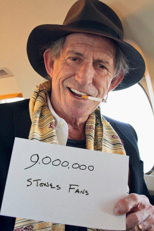 9000000 fans!