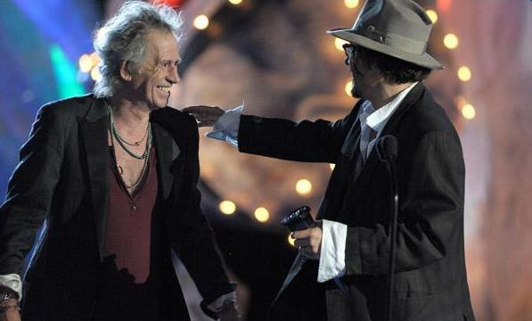Keith beeing honored by Johnny Depp