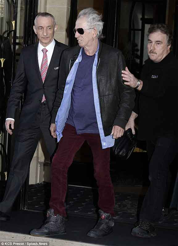 Keith heading for rehearsals in Paris, February 5, 2014