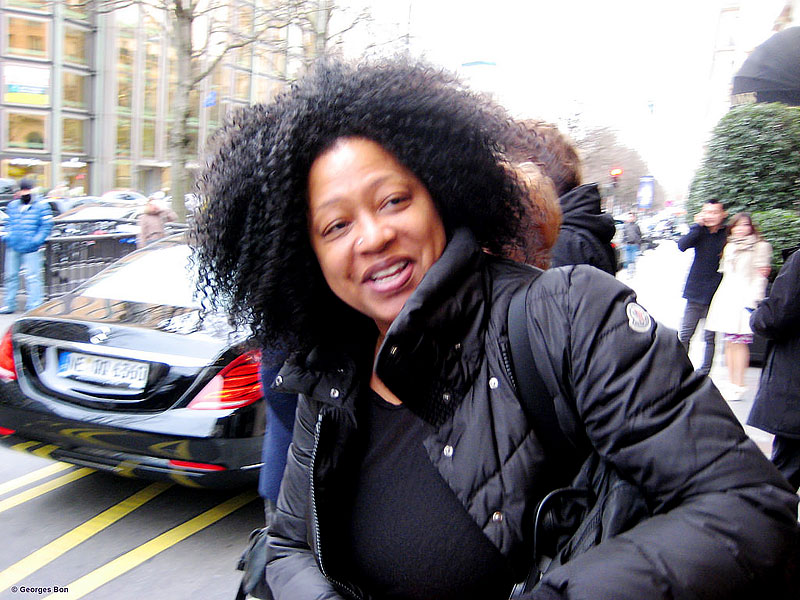 Lisa Fischer leaving the hotel for rehearsals in Paris, February 12, 2014