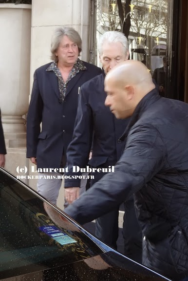 Mick Taylor heading for rehearsals in Paris, February 7, 2014