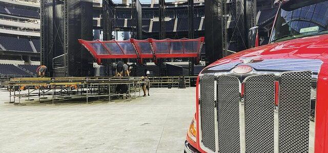 Building the stage - Rolling Stones in LA 2021